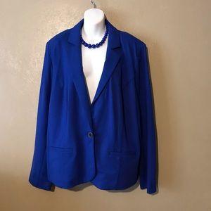 Lane Bryant blue blazer size 26/28 pockets,button